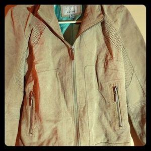 Wilsons Leather Maxima Jacket. Size Medium